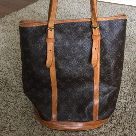 bb2f9ef4557a Louis Vuitton Handbags - SALE✨LV Bucket bag GM